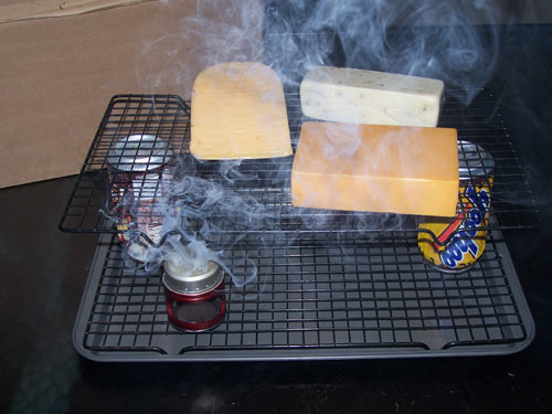 Cold smoking of cheese with the GrillKicker